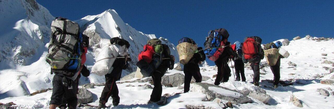 http://nepalhimalayantrails.com/wp-content/uploads/2021/03/larke-la-17_pass-1_1280x960-e1616395734765.jpg