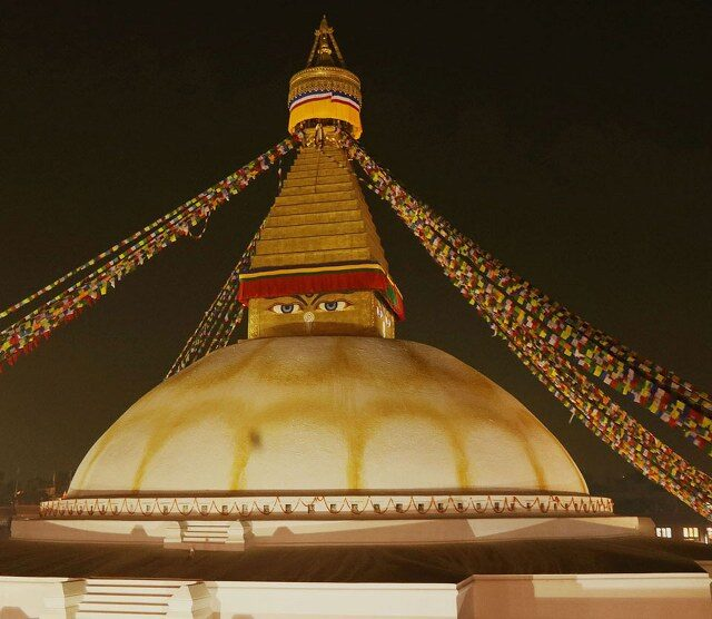 https://nepalhimalayantrails.com/wp-content/uploads/2021/03/Budhhanath-biggest-stupa-in-_world-_02_800x556-640x556.jpg