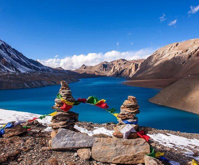 https://nepalhimalayantrails.com/wp-content/uploads/2021/03/Tilicho-lake_800x533-640x533.jpg