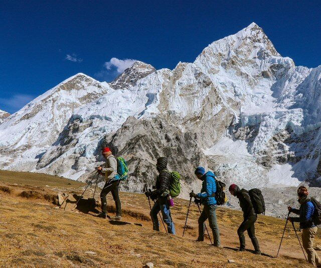 https://nepalhimalayantrails.com/wp-content/uploads/2021/04/everest-base-camp_kalapather_trek_800x534-640x534.jpg